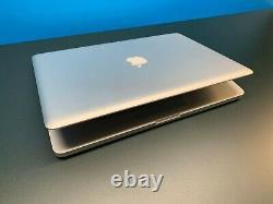 Apple MacBook Pro 15 inch / QUAD Core i7 3.3Ghz / 16GB RAM / 1TB SSD / OS2017
