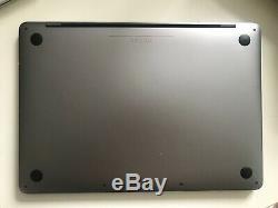 EXCELLENT Apple MacBook Pro 13 2.0 GHz i5, 8GB Ram, 256 SSD, 2016 (P77)