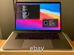 Apple Macbook Pro 15 2017, I7, 16 Go De Ram, 512 Go Ssd, Radeon 560, Space Grey
