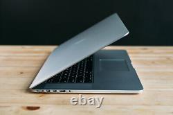Macbook Pro 15 Pouces Ordinateur Portable / Quad Core I7 / 1 To Ssd! / Rétine / Garantie De 3 Ans