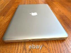Macbook Pro A1286 Fin 2011 Md318ll/a 2.2ghz Quad Core 8 Go De Ram Pour La Réparation De Pièces